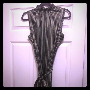 Long sleeveless dress 👗